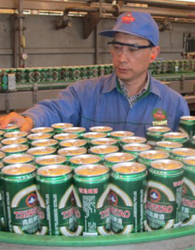 工作服案例-青岛啤酒